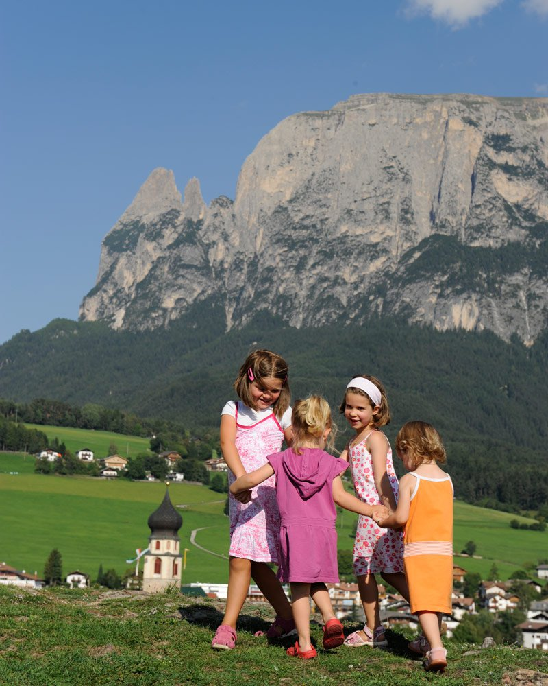 urlaub mit kindern in s dtirol. Black Bedroom Furniture Sets. Home Design Ideas